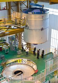 Assemblaggio a Kourou dell'Ariane 5